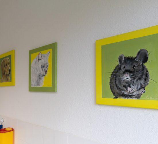 Wandbilder in der Tierarztpraxis Paeger - Hund, Katze, Maus